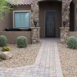 kaylor-front-yard-walkway